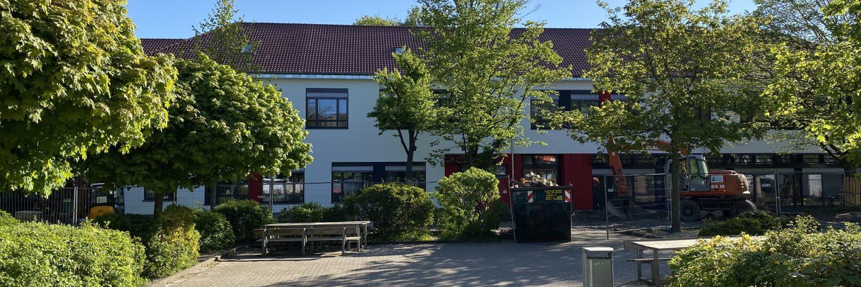 Unser Neubau mit Mensa für den Ganztag. Foto: Rothermundt / Heilig-Geist-Schule